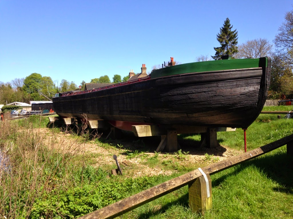 River Wey Reliance Barge