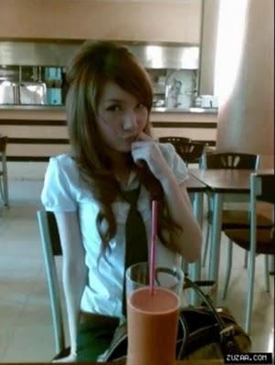 blogs thai teen girls blowjob