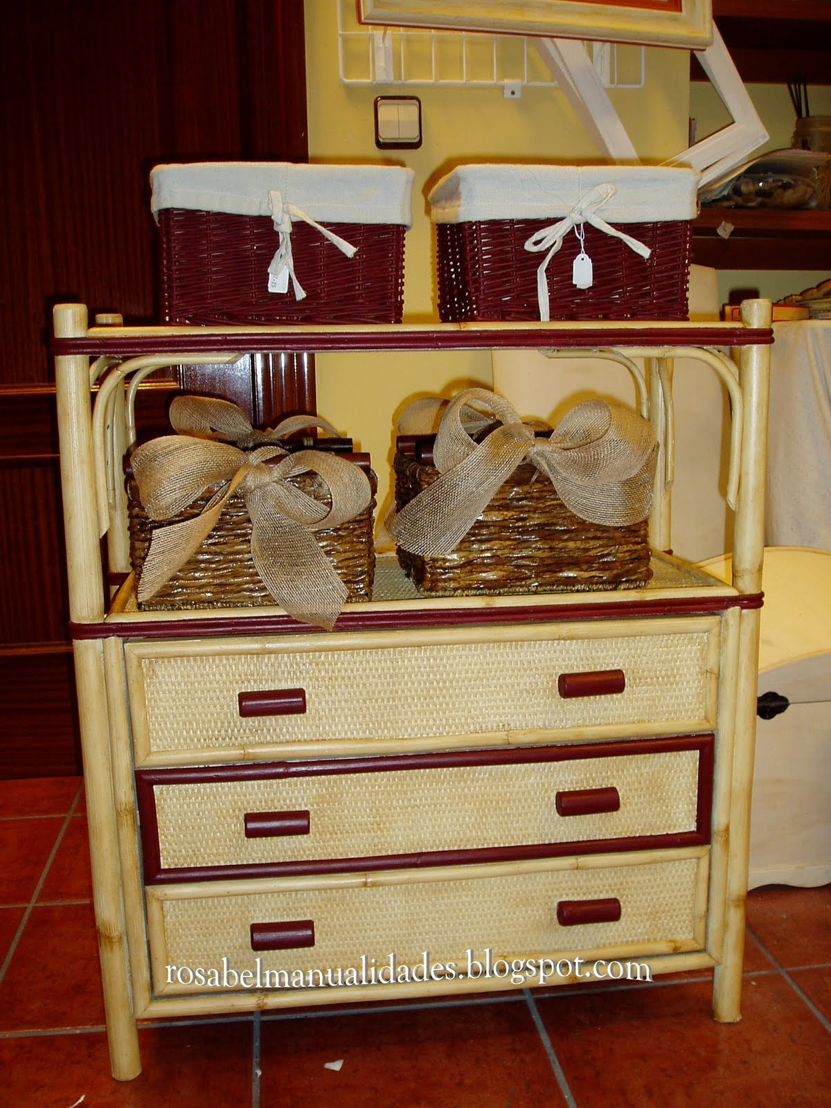 Rosabel manualidades muebles restaurados for Manualidades de muebles