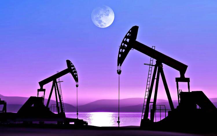 Legislación Minera y Petrolera