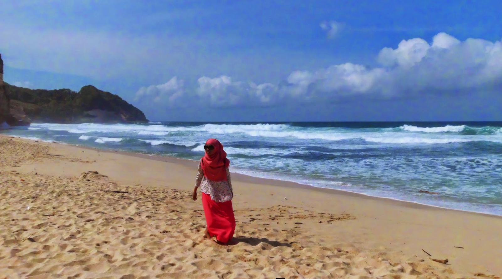 lokasi pantai buyutan pacitan jawa timur pantai buyutan kabupaten pacitan jawa timur indonesia