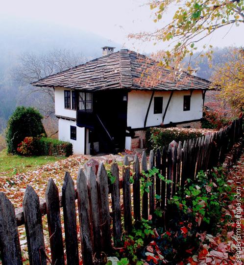 Casa típica de los montes Ródope, Bulgaria