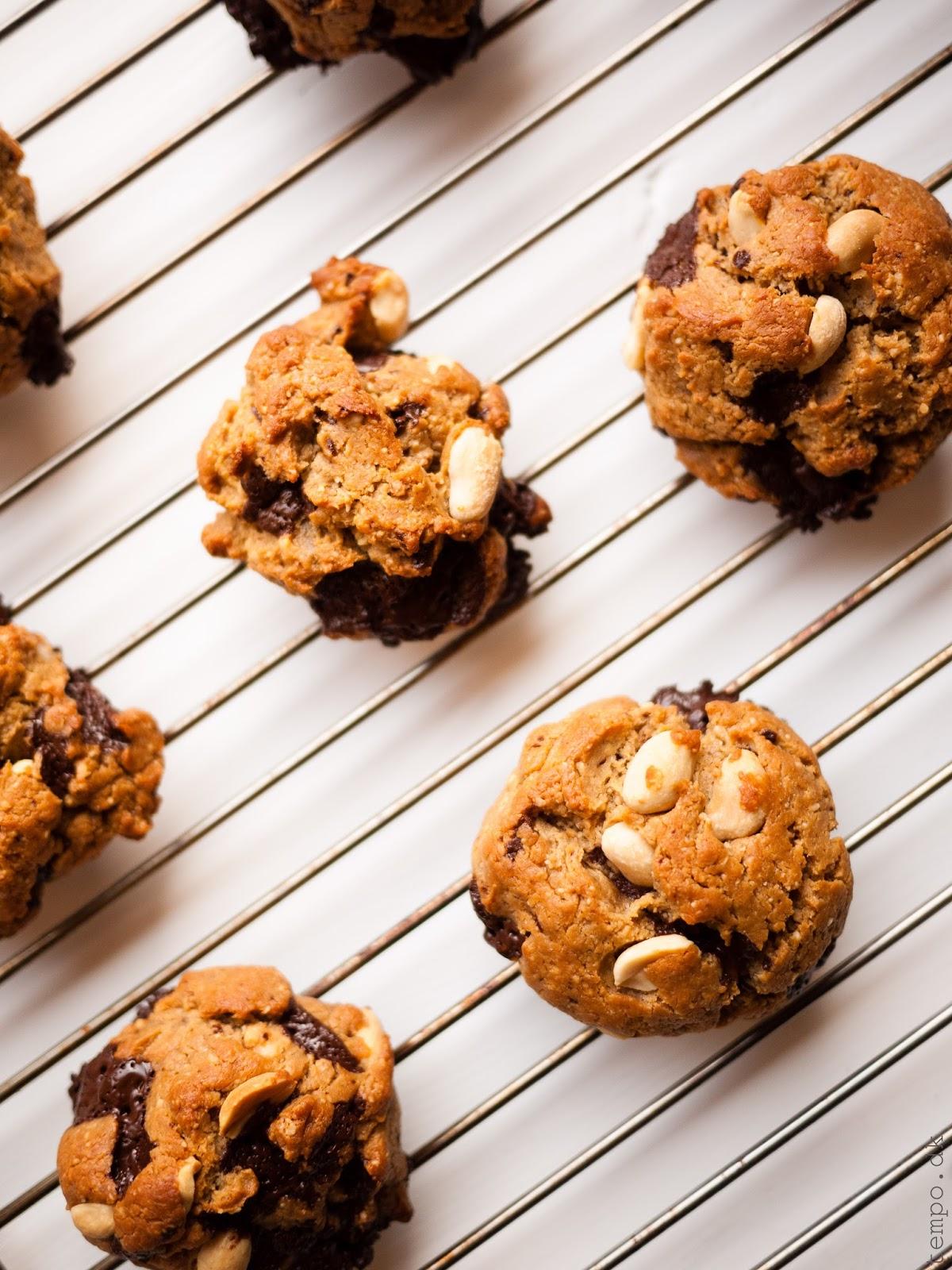 Chocolate chip cookies med peanutbutter og yogurt