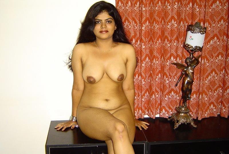 Dildoing pussy neha bomb nude photo tattooed