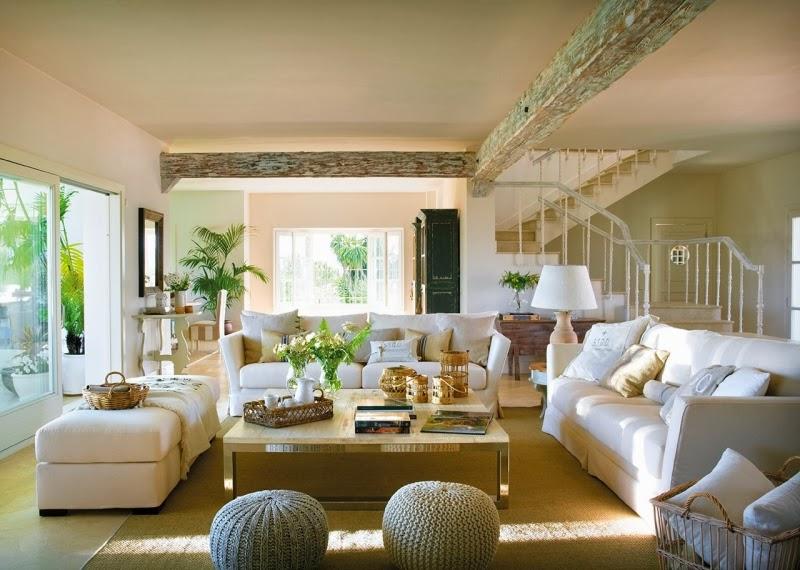 Piękny, przytulny dom z ogromnymi oknami łączącymi salon z ogrodem, wystrój wnętrz, wnętrza, urządzanie domu, dekoracje wnętrz, aranżacja wnętrz, inspiracje wnętrz,interior design , dom i wnętrze, aranżacja mieszkania, modne wnętrza, styl klasyczny, salon