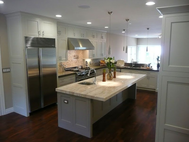White gloss kitchen style with wooden floors White gloss kitchen style with wooden floors White 2Bgloss 2Bkitchen 2Bstyle 2Bwith 2Bwooden 2Bfloors3