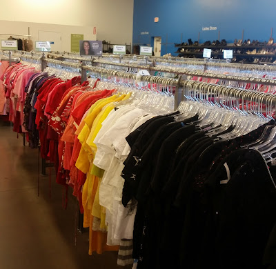 Organizing Your Closet - a Few Helpful TIps #AtoZChallenge