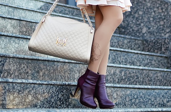 tattoo printed tights love moschino bag