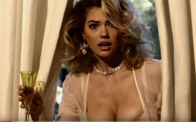Kate Upton – LOVE Advent 2016