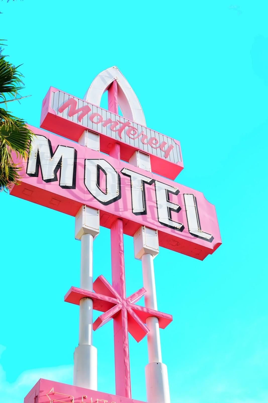 Vintage Vegas //