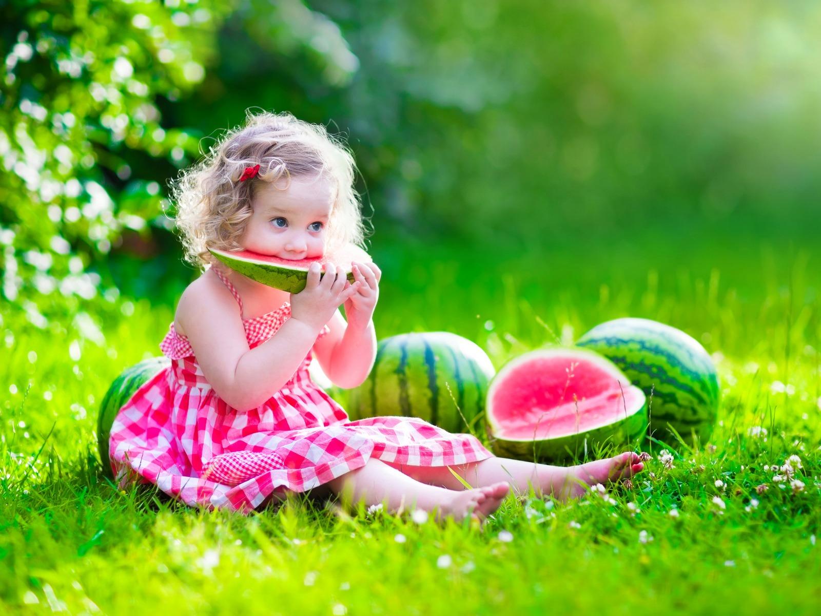 صورة صور للاطفال بنات , اجمل صور لارق بنات