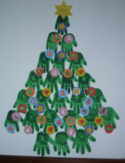 Resultado de imagem para trabalho de artes com sucatas para o natal