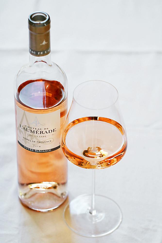 Château de L'Aumérande 2016 Rosé Cru Classé Cuvée Élégance Côtes de Provence AOC im Glas der Serie Wine Classic Select von Zwiesel 1876 | Arthurs Tochter kocht. von Astrid Paul. Der Blog für Food, Wine, Travel & Love