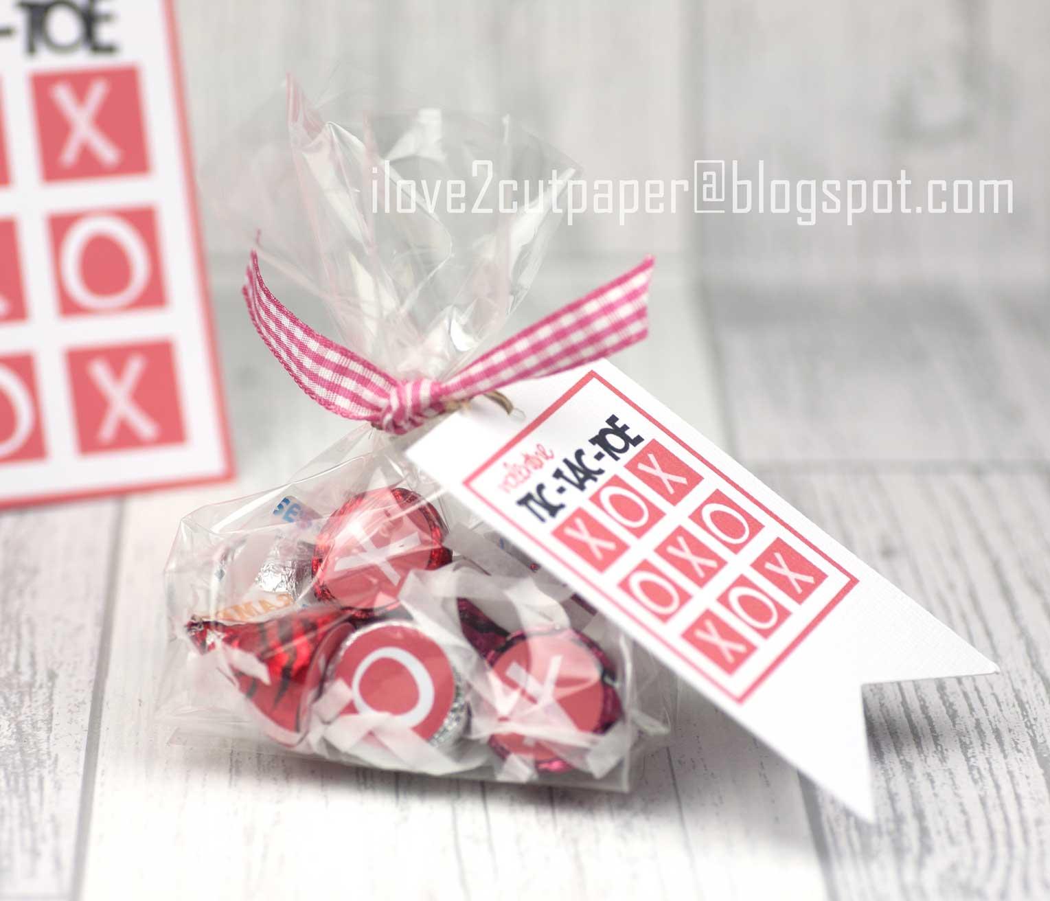 i love 2 cut paper: Tic Tac Toe card and gift set