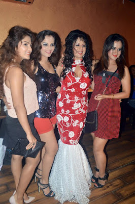 Sangeeta Tiwari with co stars