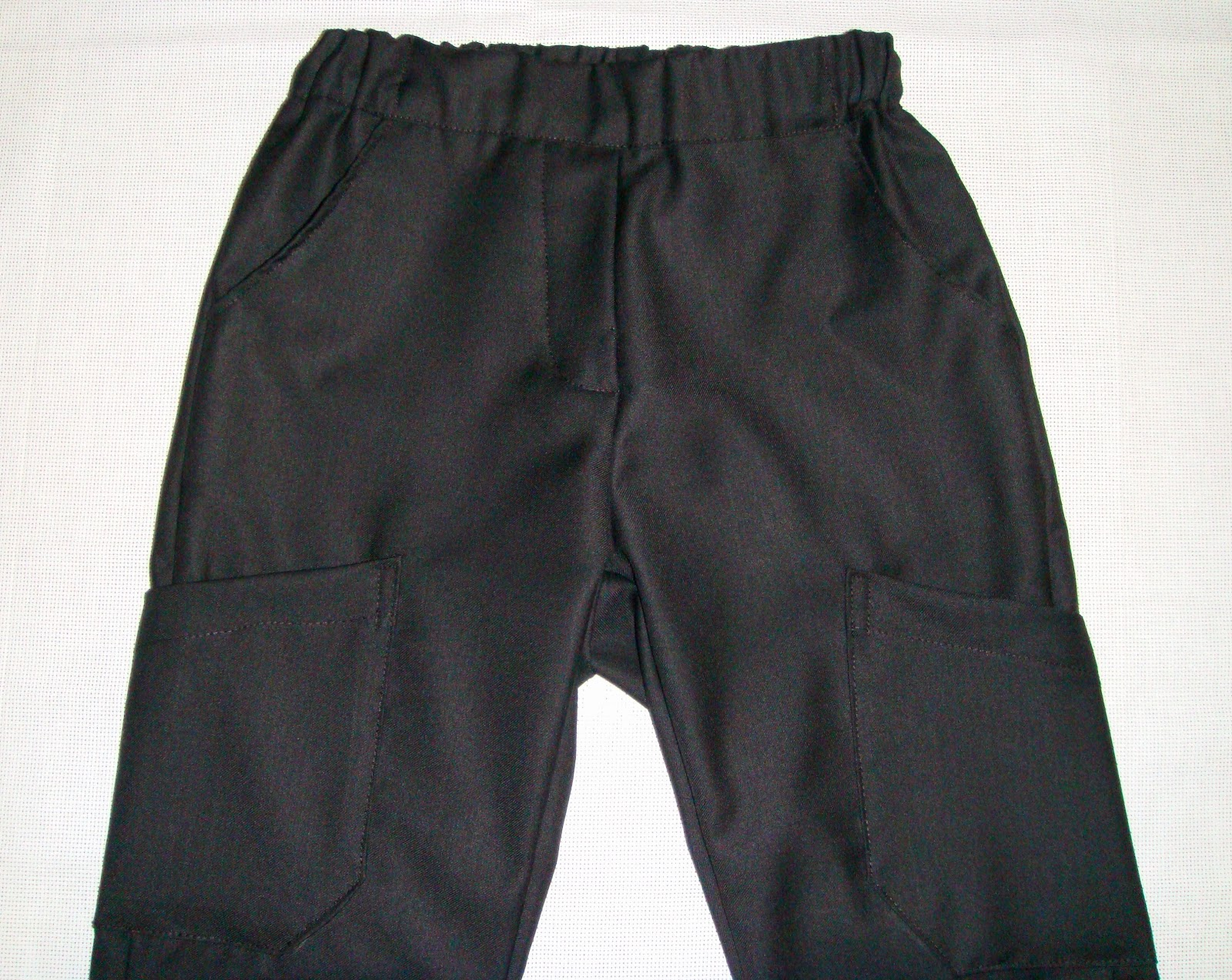 http://velvetribbonsew.blogspot.com/2012/10/black-pants-for-eduardo.html