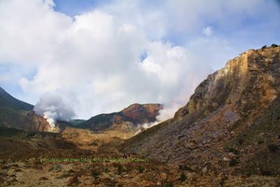 Ilustrasi kondisi medan di Gunung Papandayan.