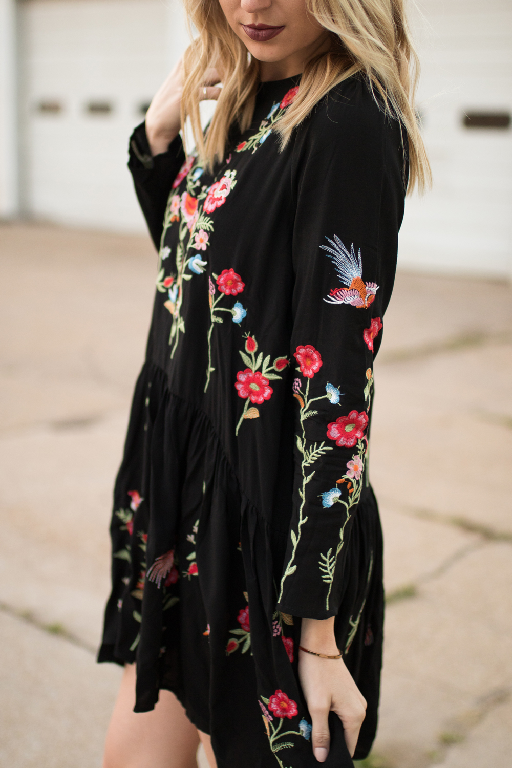 Embroidered flowers // boho dress