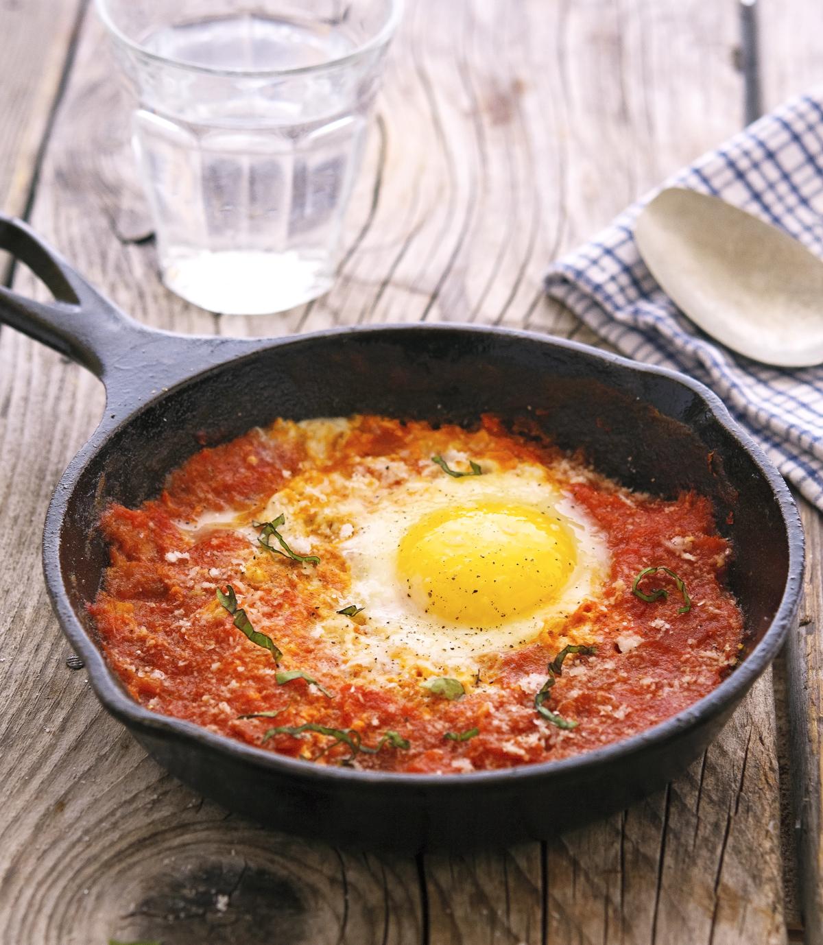 Eggs Poached In Marinara Sauce