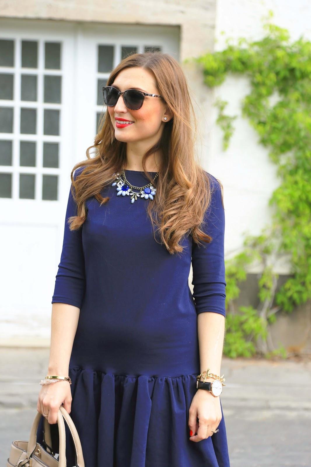 Lippenstift fur blaues kleid