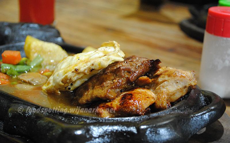 restoran murah di surabaya surabaya backpacker rh surabayabackpacker blogspot com tempat makan enak dan murah di surabaya barat tempat makan keluarga yang enak dan murah di surabaya