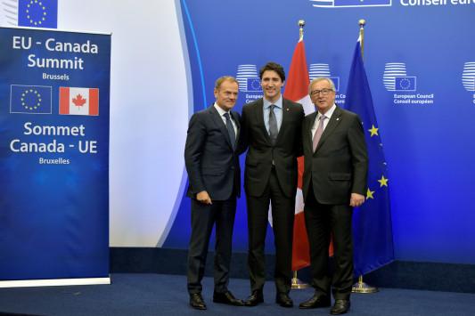 Κυριακάτικα υπεγράφει η συμφωνία - θάνατος του εμποράκου - CETA...