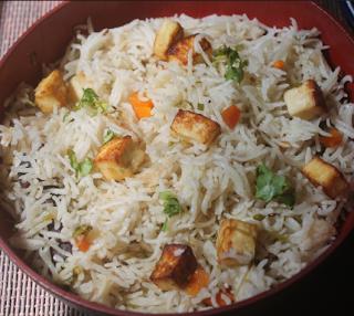पुदिना पनीर पुलाव रेसिपी - Pudina Paneer Pulao Recipe - How to Make Pudina Paneer Pulao at Home