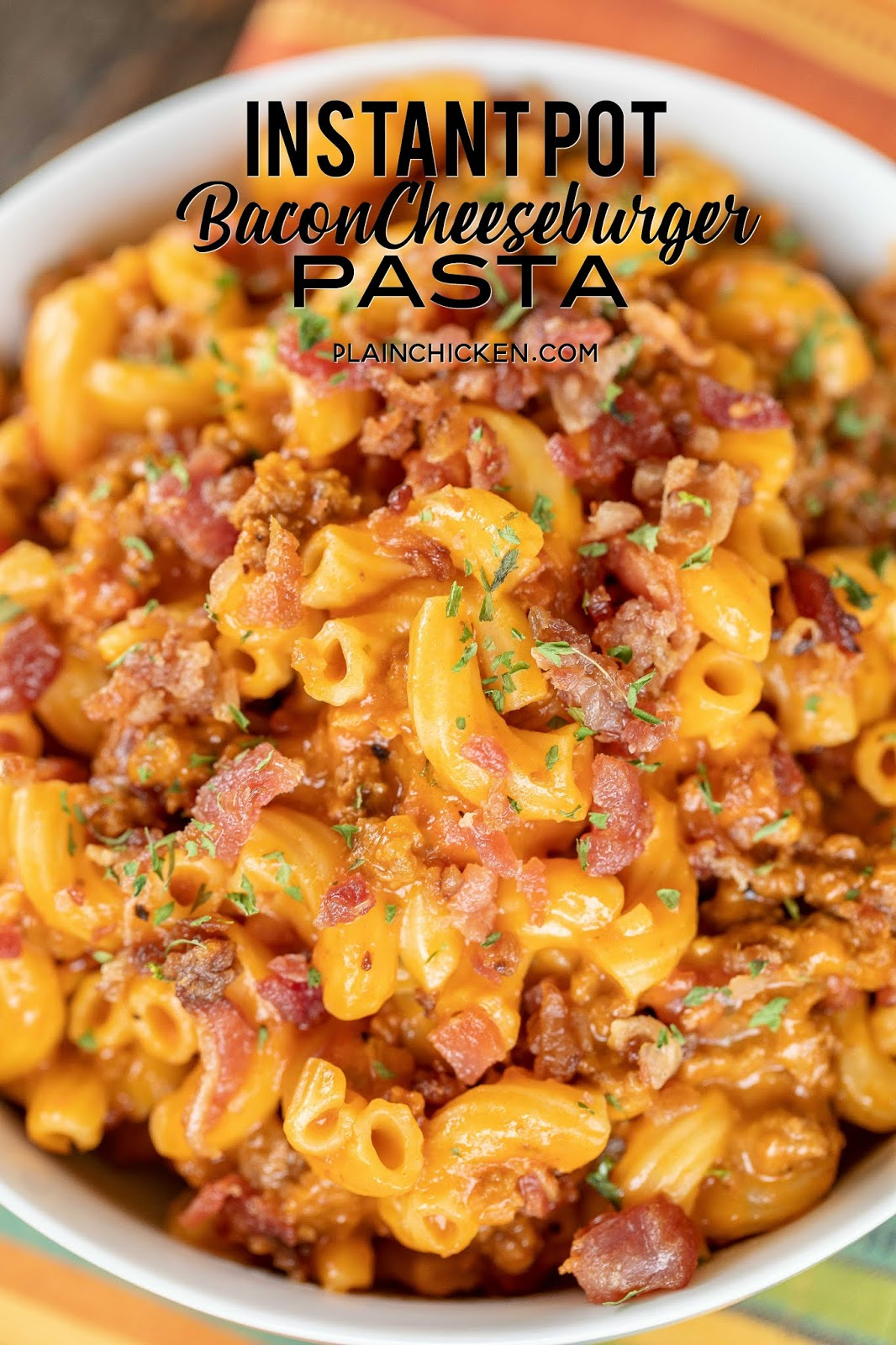 Instant Pot Bacon Cheeseburger Pasta - a weeknight family favorite! Just cook the ground beef, add the pasta and liquids, cook for 4 minutes then stir in the cheese and bacon. Super easy!!! Ground beef, tomato juice, beef broth, Worcestershire sauce, steak seasoning, ketchup, mustard, elbow macaroni, bacon and cheddar cheese. Our whole family LOVED this easy pasta recipe! It is definitely going into the rotation. #Instantpot #beef #pasta #cheese