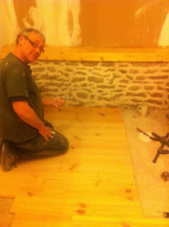 how to lay a wooden floor in a bathroom