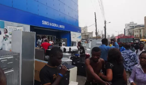 son locks up samsung head office lagos