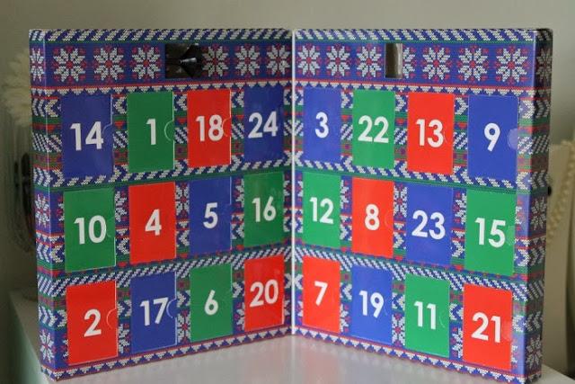 Ciate Mini Mani Advent Calendar 2013