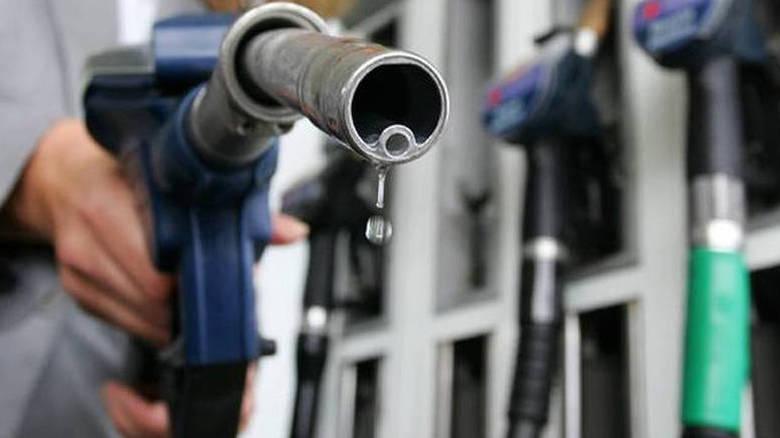 Εκτίναξη στις τιμές των υγρών καυσίμων