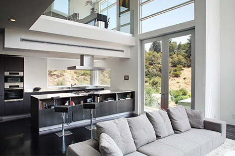 Kemi Online Inside Chris Brown S New Hollywood Hills Pad