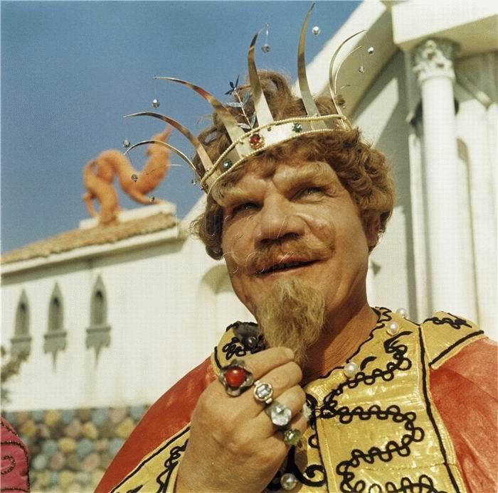 Михаил Пуговкин - король