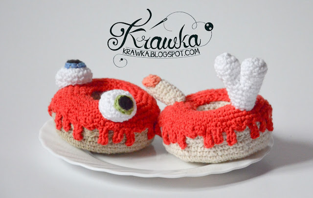Krawka: Donuts free crochet patterns. Regular donut with pink icing and sprinkles. Halloween creepy donuts with eyeballs and fingers and bones. Perfect crochet table decoration