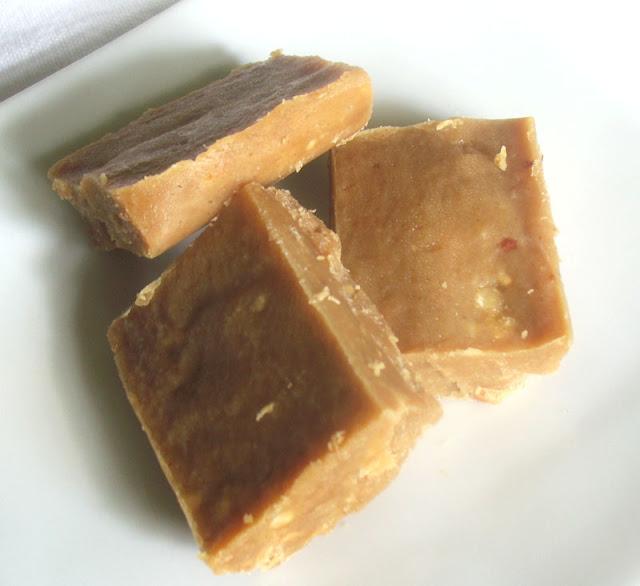 raw peanut butter fudge