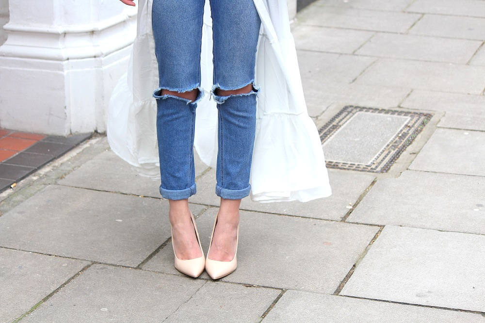 ripped slim mom jeans