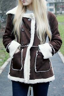 https://www.rosegal.com/coats/stylish-long-sleeve-fleece-lined-222017.html?lkid=12577880