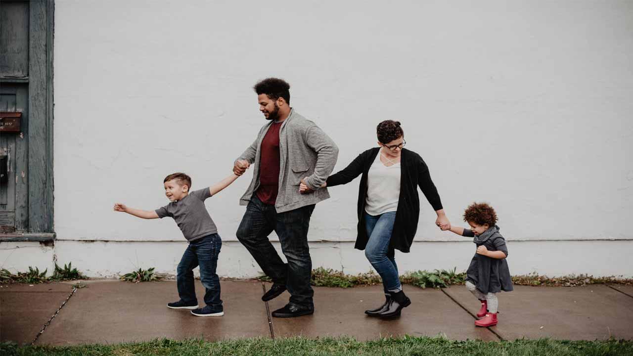 Peran Orang Tua dalam Perkembangan Anaknya