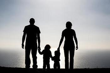Perbedaan cara mengajar ayah dan ibu