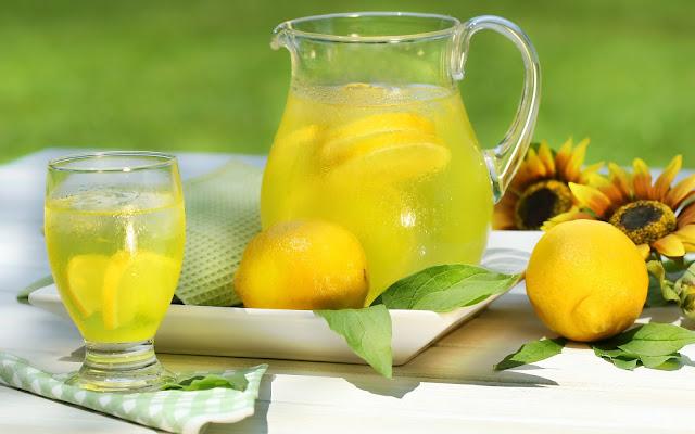 Pengobatan Alami Asam Urat Dengan Perasan Lemon Yang Nikmat Tapi Cepat