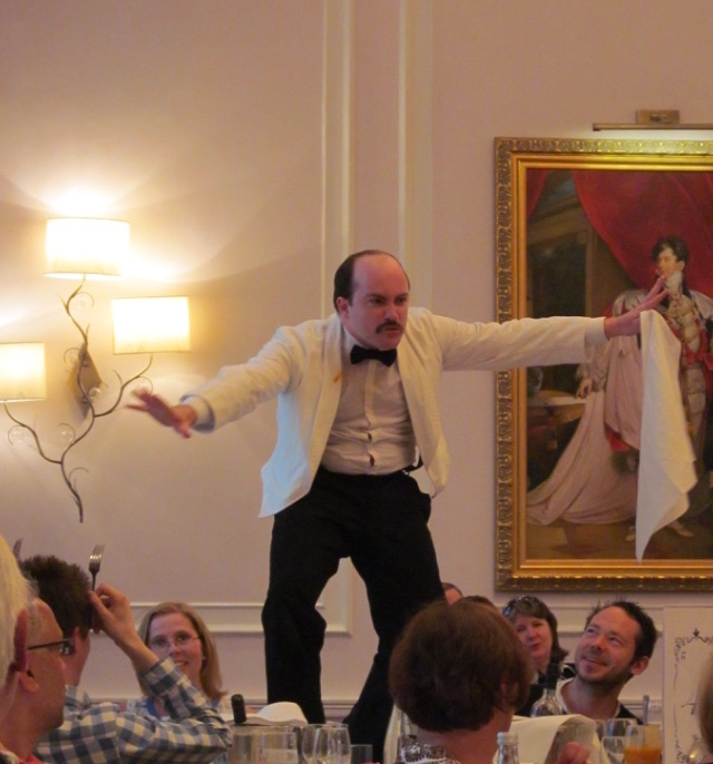 faulty towers dining experience manuel