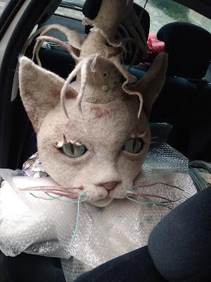 head felt cat for the felt museum mouzon by Cathy Vagnon