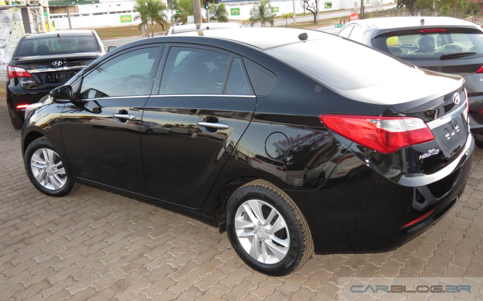 Hyundai HB20S Automático Premium 2014: consumo e preço