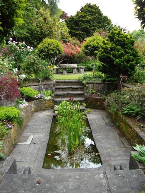The Designer S Muse 21 Fantastic Sunken And Walled Gardens