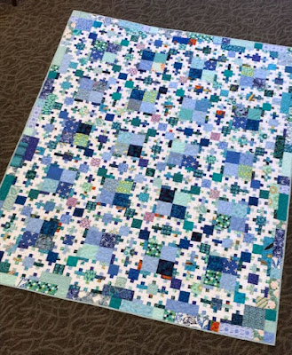 This Year Lilli Wanted A Blue Quilt She Approved Of The Pattern Summer Wedding By Jamie Elfert At Black Cat Creations But I Was Concerned That