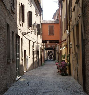 Ferrara, Via delle Volte.