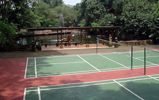 Lapangan Tenis - Taman Safari Lodge