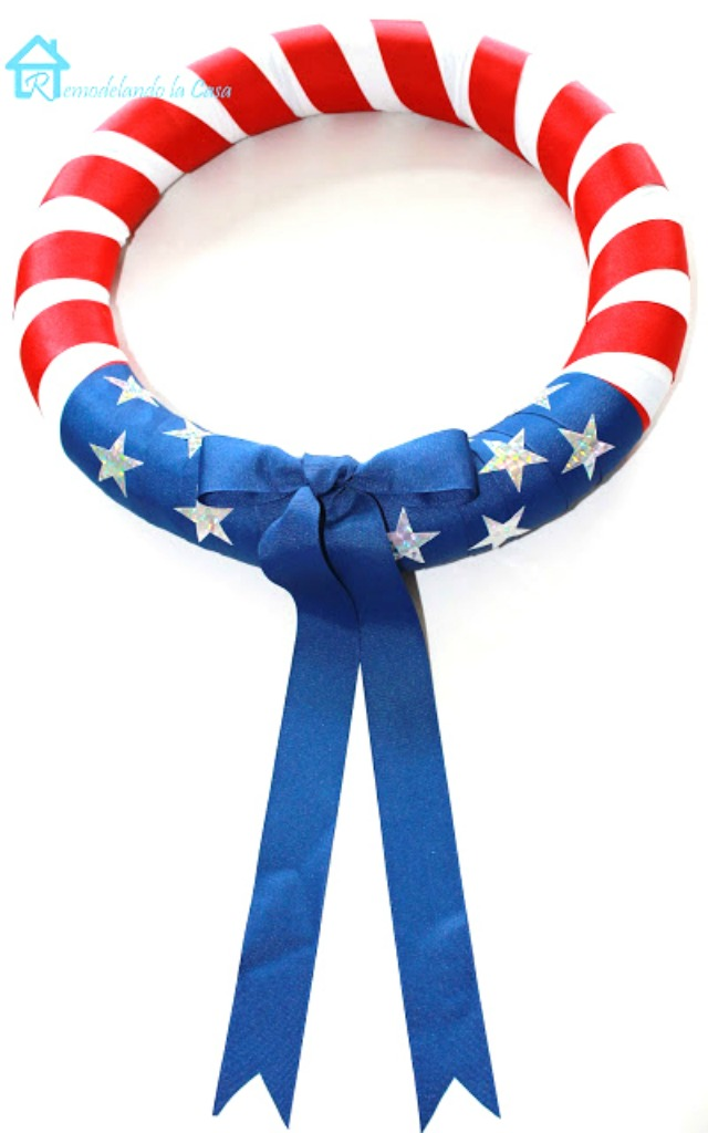 American flag wreath - made with a pool noodle. So clever!