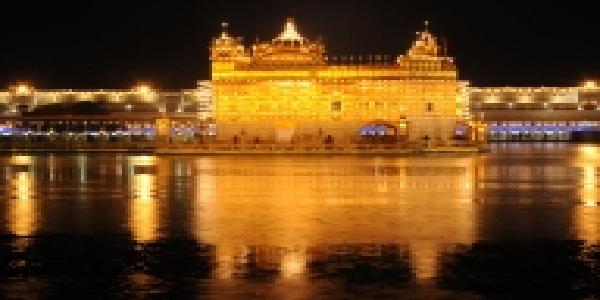 kovind-modi-ne-guru-govind-singh-ki-jayanti-par-shradhanjli-arpit-ki